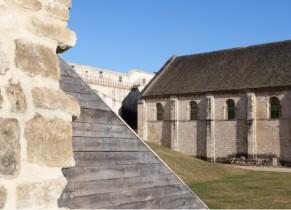 Salle de l'Echiquier à l'intérieur des remparts du Château de Caen
